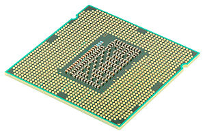 300px-Intel_CPU_Core_i7_2600K_Sandy_Bridge_bottom